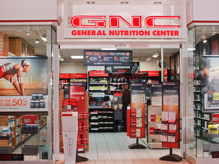 Ex-Rite Aid chief is named CEO of GNC