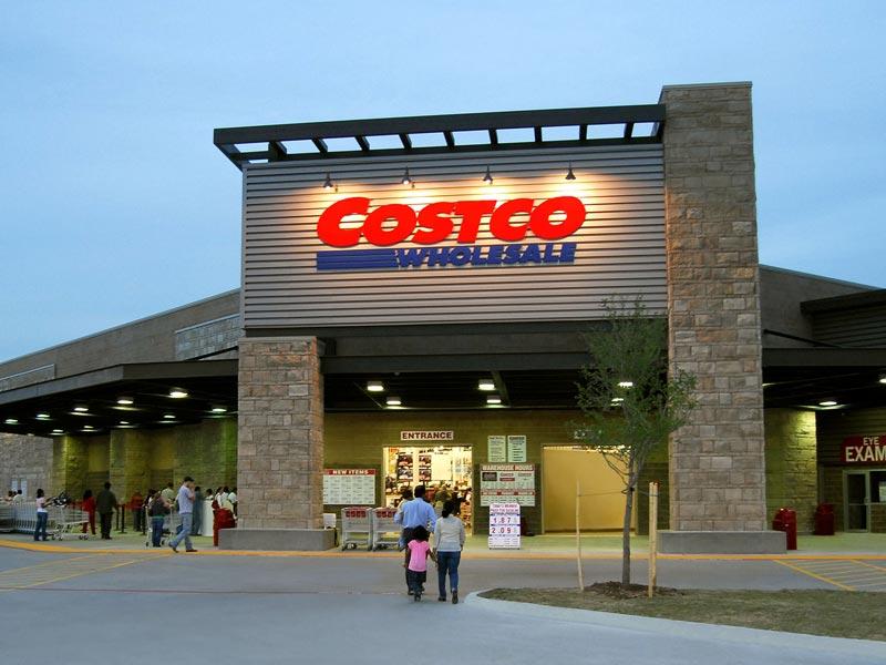 The Costco Wholesale Corporation (NASDAQ:COST) Cut to