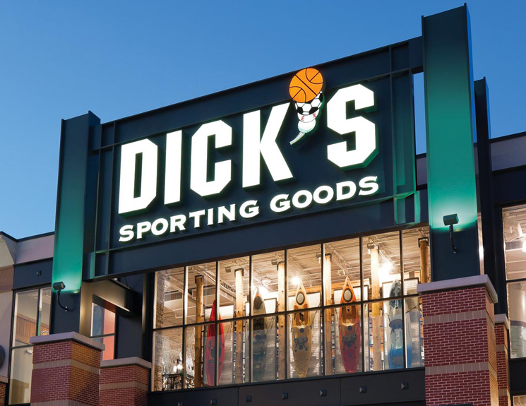 DICK'S Sporting Goods Issues 2018 Outlook