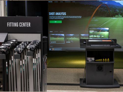 Dick's high-tech golf
