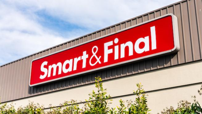 Smart & Final exterior