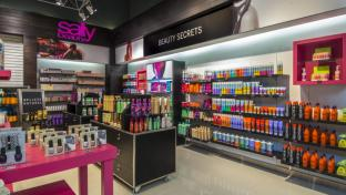 What Time Does Sallys Close >> Sally Beauty Closing Stores Launching Click And Collect