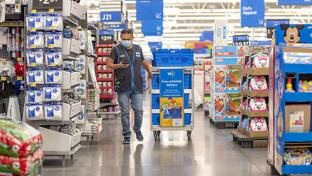 Walmart Has Doubled Number of Personal Shoppers